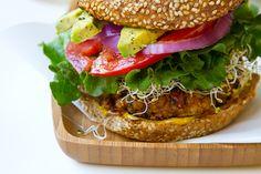 Veggie Burger Basics: 5 tips! #memorialday #vegan #vegetarian