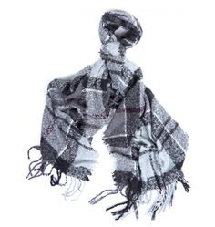 A generously sized boucle textured scarf in Barbour signature Winter tartan design. Soft-hand feel. Tassled hem.