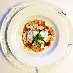 FOOD BY SKADBORG SVARE: Blommetrifli med citronskal og ristede madler