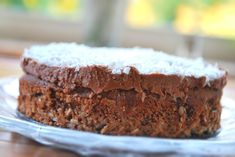 Soooo good! LCHF Chocolate cake topped with chocolate cream and coconut flakes