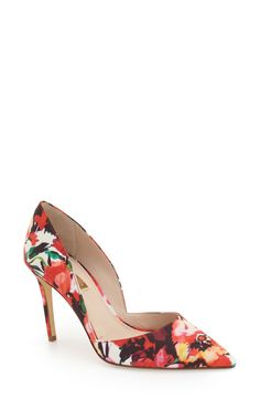 Currently swooning over these floral pumps for a sophisticated spring look.