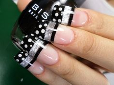 Ideas For Nails Sencillas Negras Fancy Nails, Bling Nails, Stiletto Nails, Great Nails, Cute Nails, Winter Nail Designs, Nail Art Designs, Nagel Bling, Manicure And Pedicure