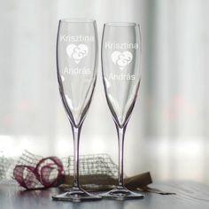 Lepje meg az ifjú párt ezzel a modern formájú egyedi pezsgőspohárral, mely… Flute, Valentino, Champagne, Tableware, Modern, Dinnerware, Trendy Tree, Dishes, Flutes