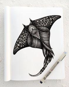 25 Detailed Animal Drawings – Mutually animal drawings - Drawing Tips Cute Animal Drawings, Animal Sketches, Art Drawings, Pencil Drawings, Manta Ray Tattoos, Stingray Tattoo, Hawaiianisches Tattoo, Detailed Drawings, Drawing Tips