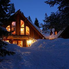 Lost Trail Lodge, near Truckee, CA. It takes a trek on cross-country skis, amid endless Sierra views, to reach this mellow backcountry lodge. Your reward: a stove-heated room Winter Lodge, Cozy Winter, Places To Travel, Places To See, Weekend Getaways, Winter Getaways, Winter Resorts, Sierra Nevada, Cabins In The Woods