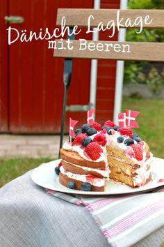 Dänische Lagkage (Schichttorte) mit Beeren