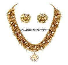 Diamond Necklace Set, Diamond Pendant, Diamond Jewellery, Indian Gold Jewellery Design, Gold Jewelry, Jewellery Designs, Necklace Designs, Bridal Jewelry, Long Pearl Necklaces