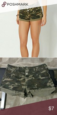 Camo cuffed high waisted shorts Button up high waisted camp shorts Rue 21 Shorts