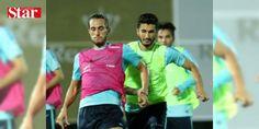 A Milli Takım'ın Antalya kampı başladı: FIFA Dünya Kupası Elemeleri I Grubu'ndaki son iki maçında 6 Ekim'de İzlanda ve 9 Ekim'de Finlandiya ile karşılaşacak A Milli Takım, bugün Antalya'da toplandı. Kampa giren A Milliler, ilk çalışmasını basına kapalı olarak saat 18.30'da gerçekleştirdi.