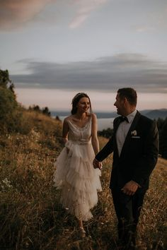 """Saying """"I do"""" in the Italian countryside is a total dream, but these two lovelies made it a reality 