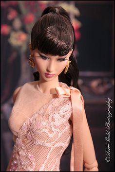 Collecting Fashion Dolls by Terri Gold: Modsdoll Aurum and Kingdom Doll Brunel