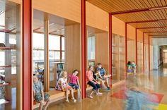 Thurston Elementary School, Oregon   corridor
