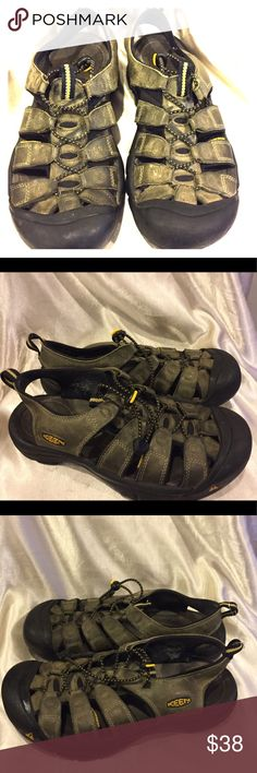 Keen Leather Olive  sandals size 9.5 Keen Olive Leather Sandals Size 9.5 GUC please see picture for details of wear one of the tassels is not connected Keen Shoes Sandals & Flip-Flops