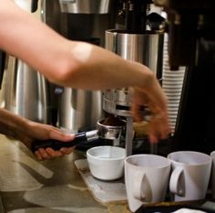 http://bisuzscoffee.com When it comes to all types of espresso machines, I love to test them out and find out which is the best espresso machine for home use. I hope to write commercial espresso machine reviews in the future as well.