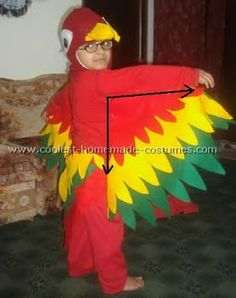 Bright, beautiful and incredibly vibrant Parrot costume collection. Check out detailed instructions and invaluable tips to create your own DIY costume. You'll also find loads of homemade costume ideas and DIY Halloween costume inspiration. Homemade Costumes, Diy Costumes, Halloween Costumes, Costume Ideas, Parrot Costume, Bird Costume, Unicorn Costume, Vintage Halloween, Halloween Diy