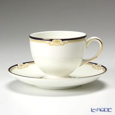 Wedgwood Cavendish tea cup and saucer (Lee)