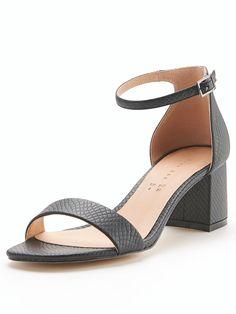 d927d7f64697 49 Best 4 heels images