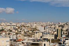 Hebron, West Bank. Not your average yourist destination, but one eye-opening experience it is... #Hebron #WestBank #AlKhalil #occupation #Palestine #Israel #visitIsrael #exploretheworld #travelphotography #travelblog #wanderlust