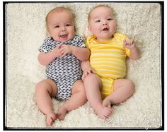 Twin baby photography in studio in the San Francisco Bay Area #twins #babyportraits #babyphotography #siblings #bayareaphotographer