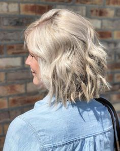 24 short hair for women over 40 curly pixie hairstyles for women Short Choppy Haircuts, Curly Pixie Hairstyles, Modern Short Hairstyles, Side Bangs Hairstyles, Short Hairstyles For Thick Hair, Try On Hairstyles, Very Short Hair, Short Hair Cuts, Short Textured Hair