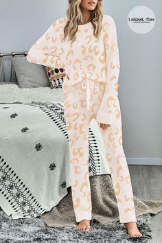 Winter Style // Sleep in comfort and style in this long sleeve pj set knitted loungewear. Basic Style, Pj Sets, Straight Leg Pants, Two Pieces, Loungewear, Winter Style, Pajama Set, Long Sleeve Tops, Winter Fashion