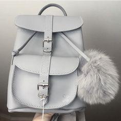 GRAFEA  www.grafea.com #leather #backpack #fashion #bag #moda #derisırtçanta #blog #tarz #seyahat #alışveriş #mağaza #stil #aksesuar #bloggger #güzellik