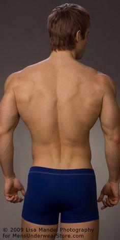 Luke Guldan by Lisa Mandel for Men's Underwear Store (2009) #LukeGuldan #LisaMandel #MensUnderwearStore #underwear #boxerbriefs #muscles #bodybuilding #malemodel #model #fitnessmodel #fitness #diesel #back