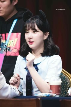 Se você fosse um k-idol(Girl Version) - Fanmeeting Kpop Girl Groups, Korean Girl Groups, Kpop Girls, Fanfiction, Jung Eun Bi, Win My Heart, G Friend, K Idol, Wattpad