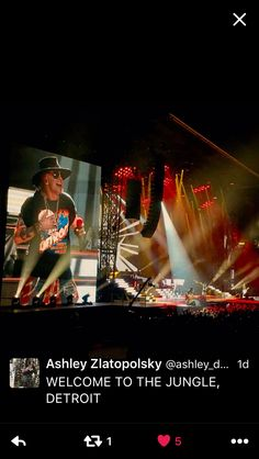 GnR Detroit (photo-Ashley zlatopolsky)