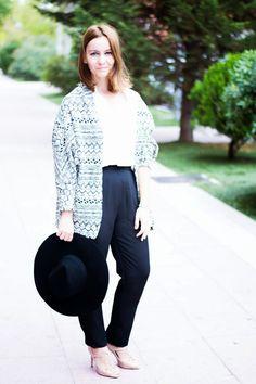 La Chimenea de las Hadas   Blog de Moda y Lifestyle   Buscando el lado bonito de las cosas: Chaqueta Oversize