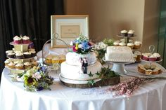 Gary-Barrett---Beautiful-dessert-table. Read More - http://onefabday.com/rustic-country-chic-wedding-by-gary-barrett-photography/