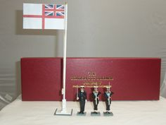 BRITISH TOY SOLDIER COMPANY ROYAL NAVY METAL FIGURE SET + FLAGPOLE | eBay