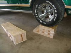 Car Ramps by andymarkv -- Homemade car ramps constructed from plywood and 2x4s. http://www.homemadetools.net/homemade-car-ramps-8
