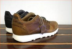 photo 0204-32-REEBOK-RESERVE-CL-LEATHER-LUX-HORWEEN.jpg