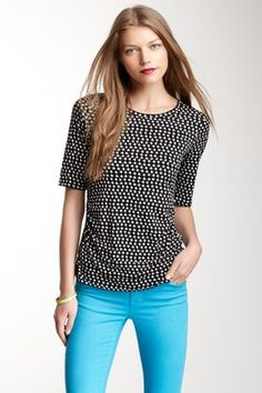 Elbow Sleeve Graphic Print Top