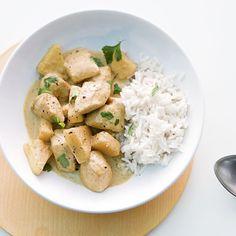 Thailändisches Hähnchencurry mit Kokosmilch