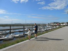 Port du Crotoy - Baie de Somme #tourisme #campingcar #promenade Excursion, France, Blog Voyage, Circuit, Destinations, Train Trip, Family Travel, Tops, Ride Or Die