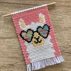 Friendship Bracelet Patterns, Friendship Bracelets, Bargello Needlepoint, Tapestry Bag, Summer Bracelets, Alpha Patterns, Needle And Thread, Pixel Art, Painted Rocks
