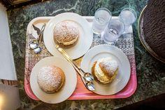 - SuitcasePacking -: THE FIKA PROJEKT: Eating the gigantic KANELBULLE of Haga Traveling Tips, Gothenburg, Fika, Paths, Tableware, Blog, Dinnerware, Tablewares, Blogging