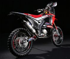 The 2014 Honda Rally. based mostly off the Honda enduro, HRC says that its new Honda Rally race bike has AN improved engine Touring Motorcycles, Honda Motorcycles, Street Tracker, Ktm Adventure, Rallye Raid, Honda Africa Twin, Mx Bikes, Motorcycle Rallies, Motorcycle News