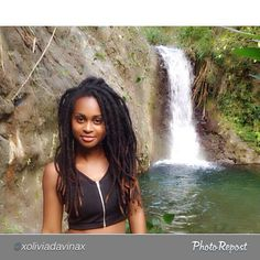 """by @xoliviadavinax """"23 already  thank you Lord for another year spend this day at Jamaica, nothing better than that """" #locdbeauty #freeformlocs #chunkylocs #locs #loclovers #locdQueen #locdlioness #dreads #dreadlocs #dreadnation #dreaducated #islandgirl #islandlife #islandnaturals #Padgram"""