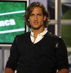 Feliciano López, de las pistas de tenis al 'papel couché' http://www.elcomercio.es/multimedia/fotos/gente/97642-feliciano-lopez-pistas-tenis-papel-couche-0.html