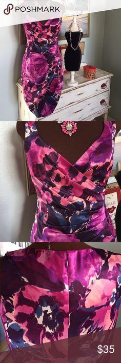 Lauren Ralph Lauren gorgeous dress Lauren Ralph Lauren, Sz 6, stunning purple, pink, and blue floral print cocktail dress. 38in in length. Pleated, crossover neckline. Head turner ladies Ralph Lauren Dresses Midi