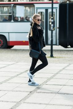 Marcherry: Trendy High Fashion Metal Trim Horned Rim Sunglasses 9859