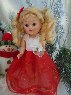Formal dress fits 7 to 8 inch Ginny and Madam Alexander dolls. On my ebay