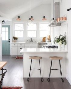 Gorgeous 100+ Awesome Kitchen Remodeling Designs for Smart https://carribeanpic.com/100-awesome-kitchen-remodeling-designs-for-smart/ #kitchendesign