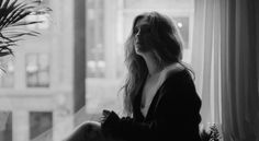 "Ella Henderson Music Video Premiere ""Yours"""