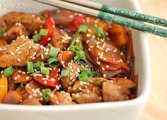 """Delícia esse porquinho com uma """"pegada"""" meio chinesa! O bom é que você pode usar frango ou qualquer carne de porco cortada em cubos (pernil, lombo,etc) eu usei filé mignon suíno porque …"""