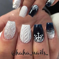 shaped black nails You may also like: Summer Nails Ideas Christmas Nails Winter Nails Coffin shaped black nails Short Black Nails New Nail Designs, Black Nail Designs, Winter Nail Designs, Winter Nail Art, Simple Nail Designs, Acrylic Nail Designs, Acrylic Nails, Art Designs, Coffin Nails