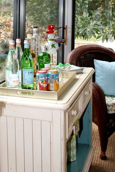 Holiday Entertaining Ideas - Bar Styling
